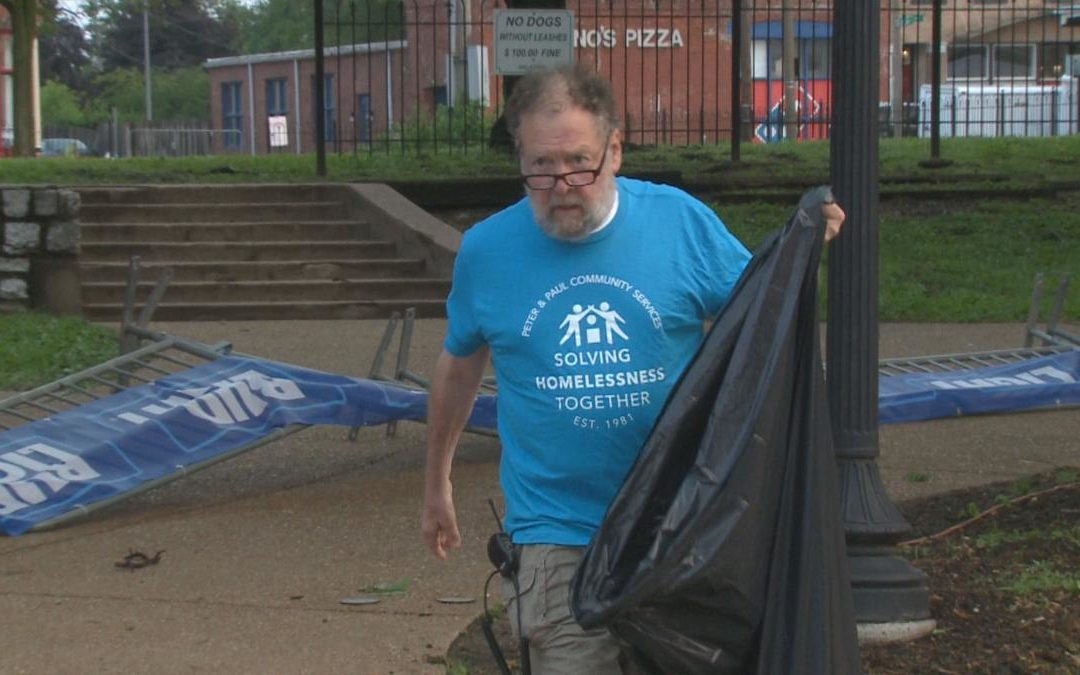 'Put the pieces back together'; St. Louis homeless clean the streets to get back on their feet